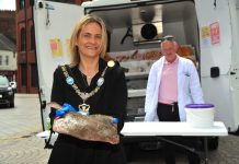 Lord Mayor Councillor Mealla Campbell visits Hans Cousins, fishmonger, in Armagh City Centre.