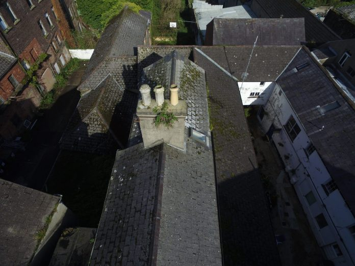 photo of roofs and chimneys in Lurgan