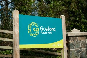 sign saying gosford forest park